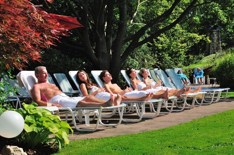 Camp Galerie Nackt Sommer